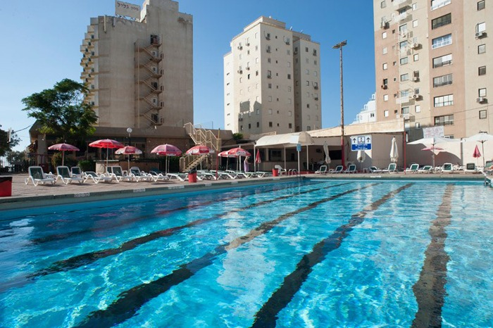 Galil_Netanya_pool
