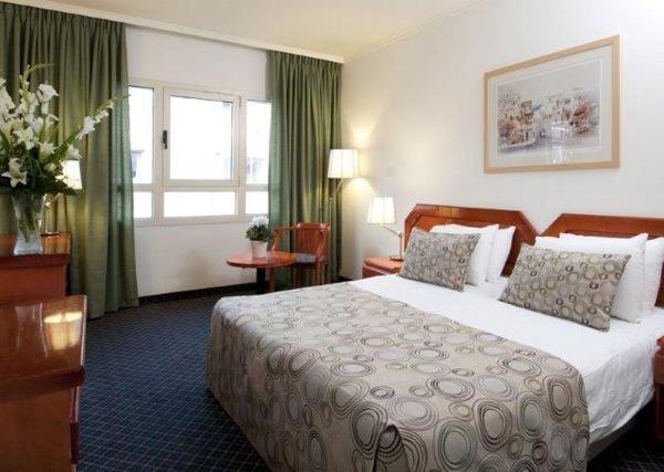 Montefiore_classic_room