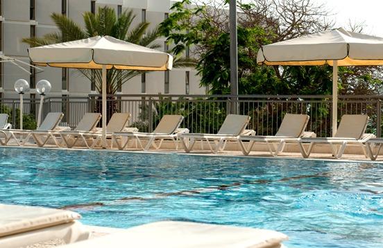 Oasis_Dead_Sea_pool