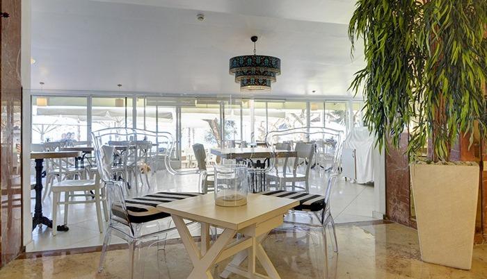 Residence_Beach_Netanya_lunch